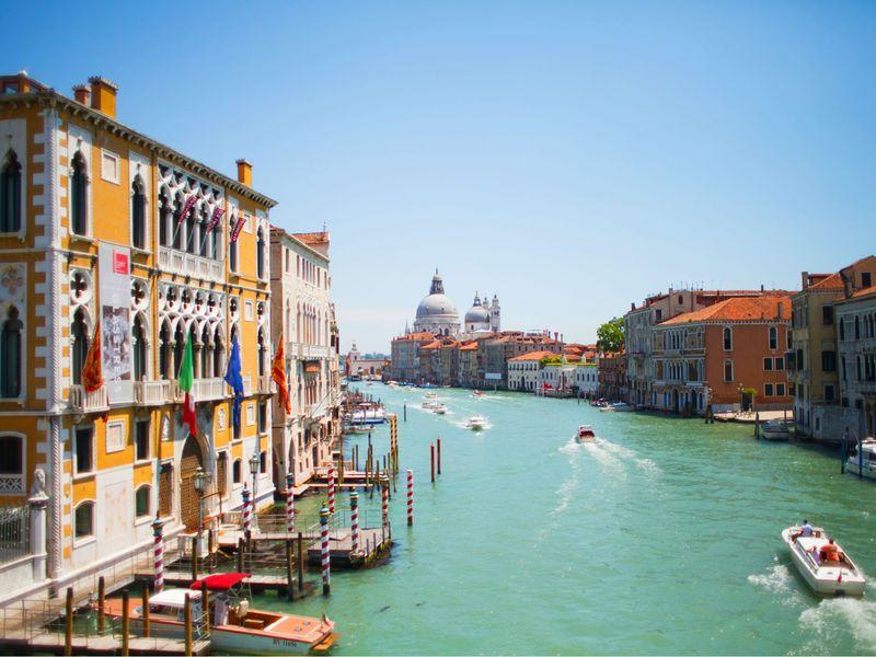 威尼斯彩色的缤纷之旅