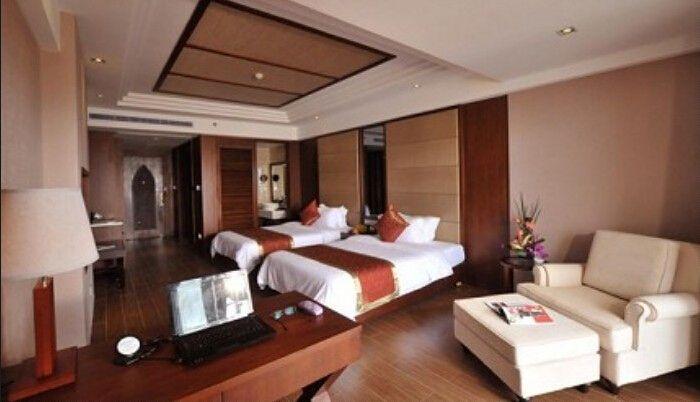 """旖旎的天然国际海港——三亚南边海港,毗邻有""""东方迪拜""""美誉的凤凰岛"""
