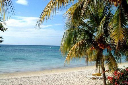<毛里求斯-留尼旺-马达加斯加-塞舌尔15日游>奇观七色土,热带雨林,各大自然保护区,物?#20540;?#35980;繁多,印度洋