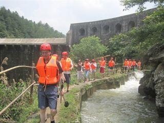 九龙大峡谷漂流旅游攻略 2014九龙大峡谷漂流自助游攻略