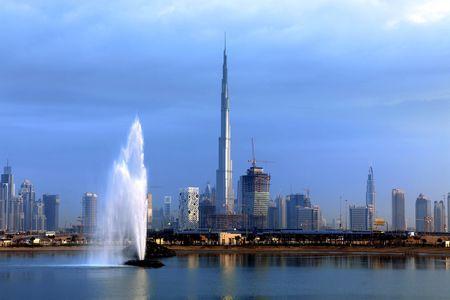 <迪拜+阿布扎比4晚5日游>迪拜集散、2天自由活动、国际连锁五星、2人成团、天天发团(当地参团)