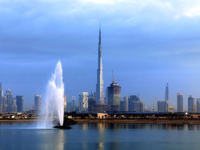 <迪拜+阿布扎比4天3晚休闲游>特别安排1天自由活动,全程四星酒店,音乐喷泉,天天发团,两人即可成行