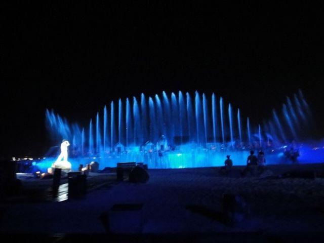 【华丽演出】<新加坡圣淘沙时光之翼水上表演门票>两个时段