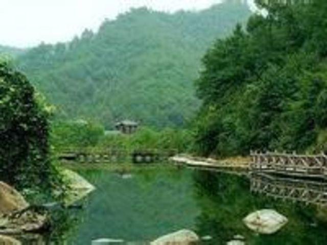 神丽峡景区地处素有中国书画之乡,水晶之都的浦江县,自古人文荟萃图片