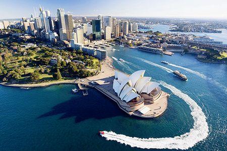 [国庆]<澳大利亚-新西兰-凯恩斯-墨尔本12-13日游>国航全国联运/升级2晚5星/直升机/双堡礁/二大海岸线/四大游船/8菜一汤