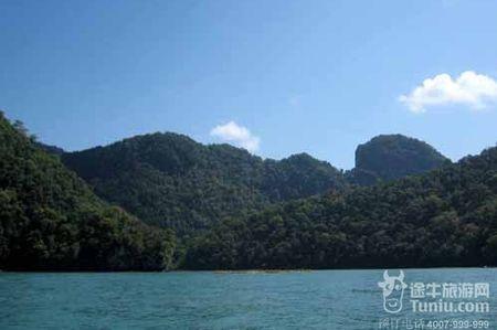 岛屿铅笔景观手绘