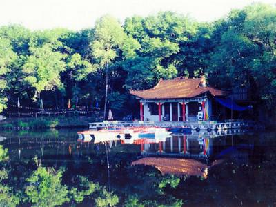 双鸭山旅游景点 青山国家森林公园旅游攻略