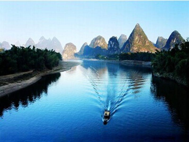 桂林大漓江 阳朔 遇龙河 银子岩 古东瀑布双飞4日跟团游图片