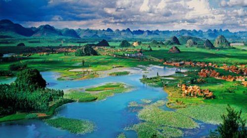 昆明-普者黑-元阳-建水-抚仙湖-红土地双飞8日游
