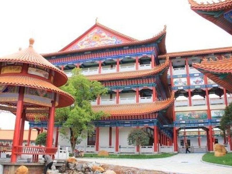 湖南黄家湖生态旅游区旅游 图 皇家湖岸欧洲风格建筑