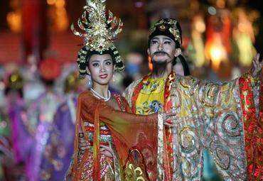 唐明皇与杨贵妃歌舞表演