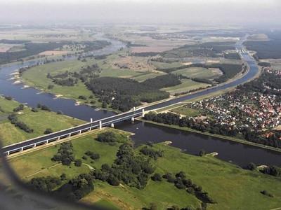 德国马格德堡市水桥3