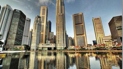 <新加坡-马来西亚4晚5日游>国泰香港直飞,全程五星酒店,S E A海洋馆,双峰塔广场,波德申水上屋,滨海湾花园云雾林,名胜世界,肉骨茶风味
