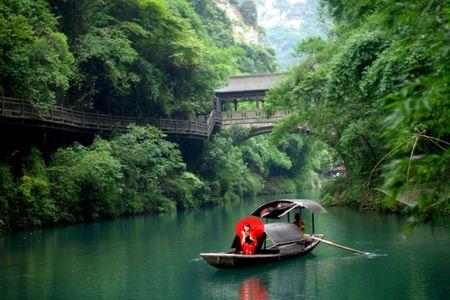 <宜昌-西陵峡-三峡大坝-三峡人家双动4日游>乘船过葛洲坝,体验水涨船高
