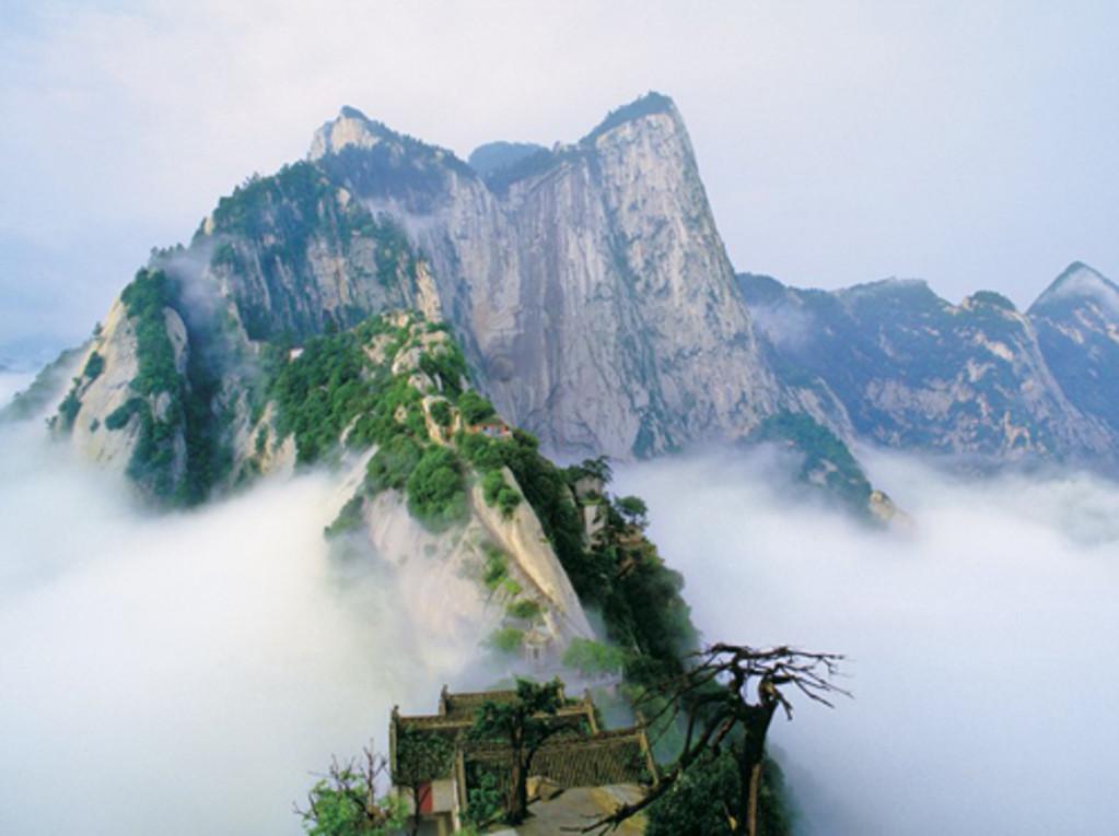 神农架的自然奇迹,天生桥风景区的迷人景色 ★品质服务:特派持证导游