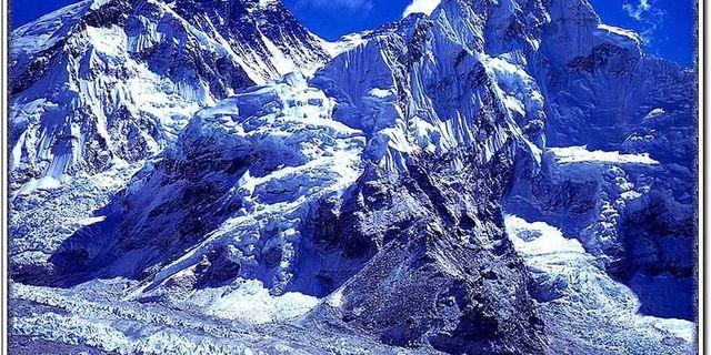 喜马拉雅山风景图片
