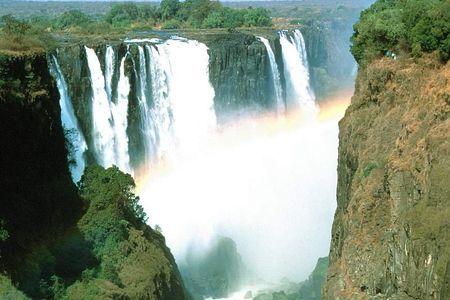 [春节]<肯尼亚-津巴布韦-赞比亚-博茨瓦纳12-14日游>穿越东南部非洲/维多利亚瀑布/马赛马拉/乔贝公园/广州起止