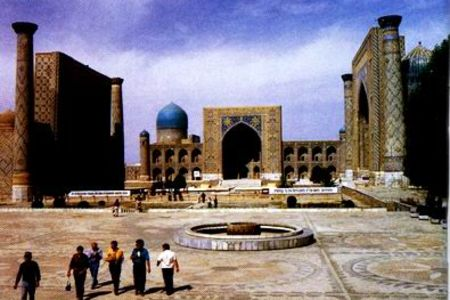 <哈萨克斯坦-吉尔吉斯斯坦-塔吉克斯坦-乌兹别克斯坦-土库曼斯坦 中亚5国21日游>北京上海同时出发/四星级酒店/历史古城/丰富的历史遗迹