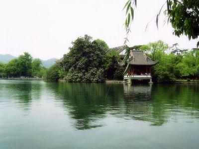 花港观鱼景色
