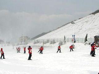 江南天池 高山滑雪1小时自驾2日游 宿安吉大荷山庄图片
