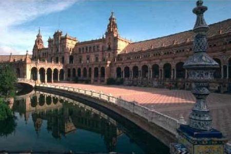 <西班牙葡萄牙5晚6日大巴游>巴塞罗那/马德里王宫/哥伦布纪念碑/阿尔罕布拉宫/华伦西亚/阿卡扎堡/毕加索马德里上里斯本下(当地游)