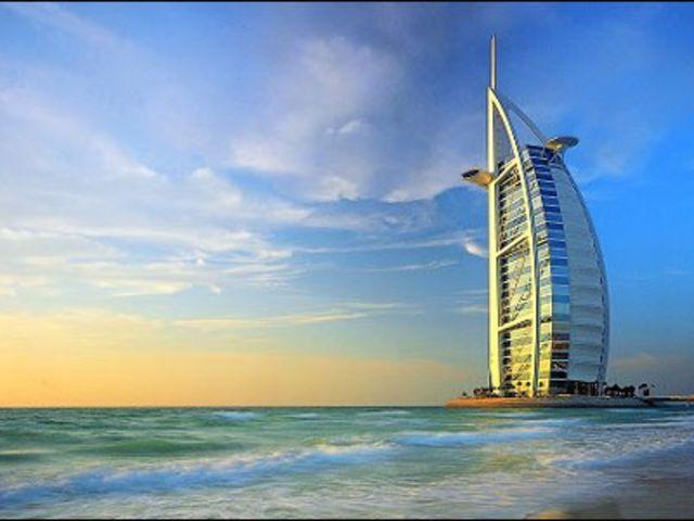 <迪拜2晚3日轻松游>迪拜市区游、异域冲沙体验、中文接送机、充足自由活动时间