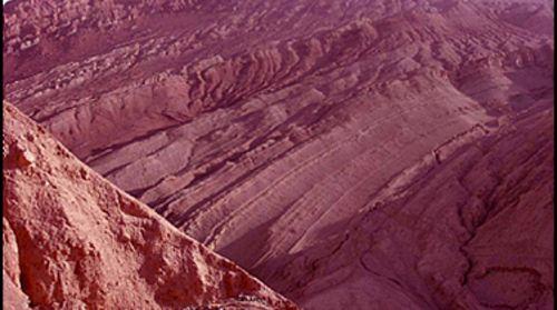 吐峪沟大峡谷