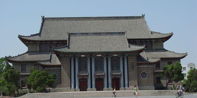河南大学民生学院有几个校区,和河南大学分开了吗