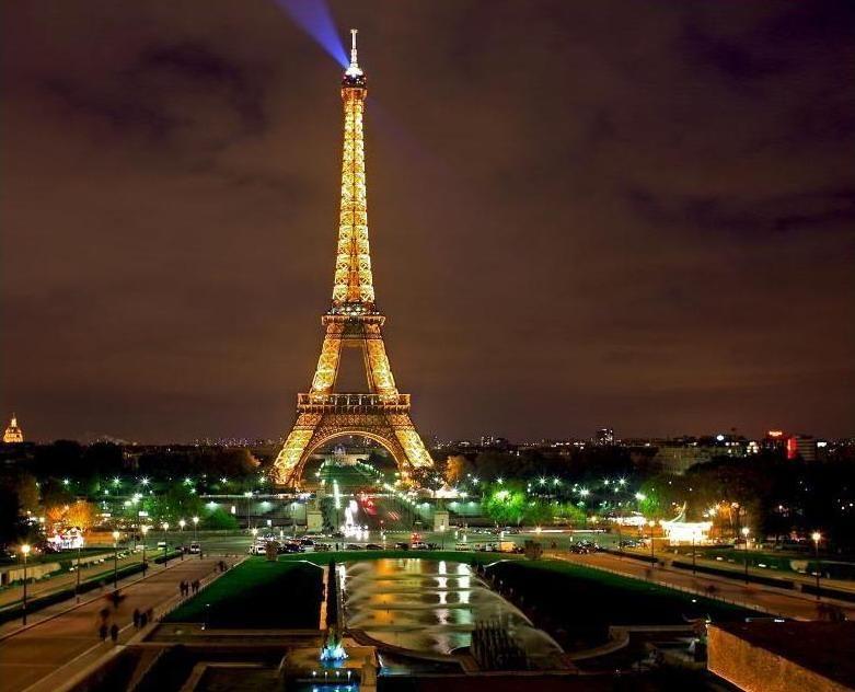 巴黎旅游 图 埃菲尔铁塔 途牛