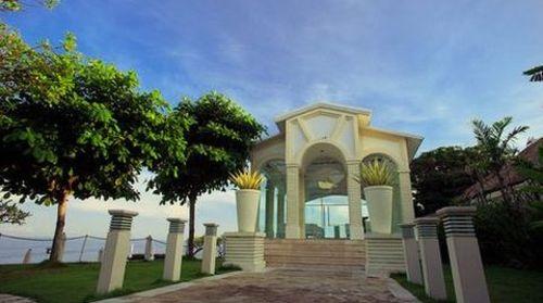 巴厘岛4晚6日游>梦幻海滩,蓝点下午茶,蜜月湾club,山中湖