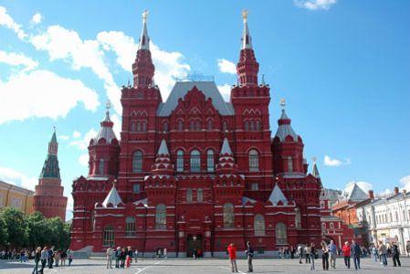 <欧洲俄罗斯-莫斯科+-圣彼得堡8-9日游>东航直飞,四星,谢镇,冬宫夏宫花园,特色餐,皇家庄园,民间艺术博物馆