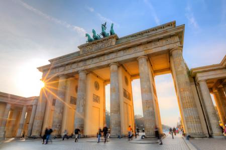 <德瑞奥捷匈6晚7日东欧风情循环游>萨尔茨堡集散、全程四星级酒店、醉美布拉格、多瑙明珠布达佩斯、湖光山色瑞士、邮票列支登士敦(当地游)