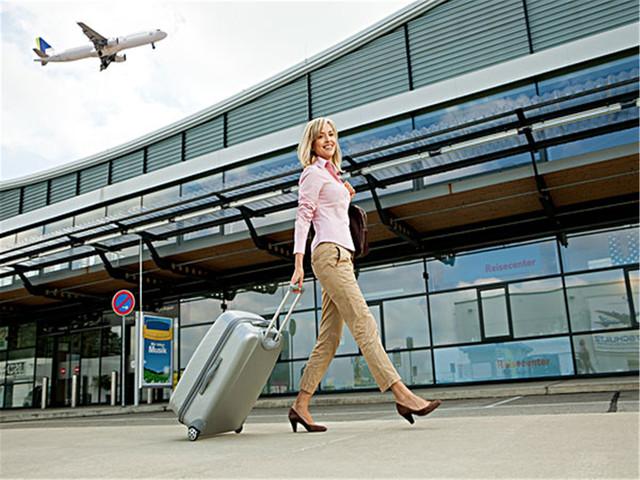 【专车?#37071;?4小时服务】<普吉岛机场到酒店专车单程接机/送机服务>多种车型可选,安全,直达