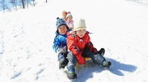哈尔滨-雪乡穿越-亚布力-冰雪大世界5日游>宿国际度假酒店雪谷标炕