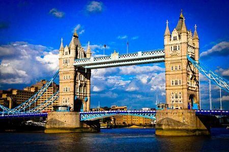 <欧洲英国+爱尔兰13日游>海航直飞可联运/爱丁堡/温莎堡/巨人堤/大英博物馆/温德米尔湖/牛津剑桥/伦敦全天自由活动