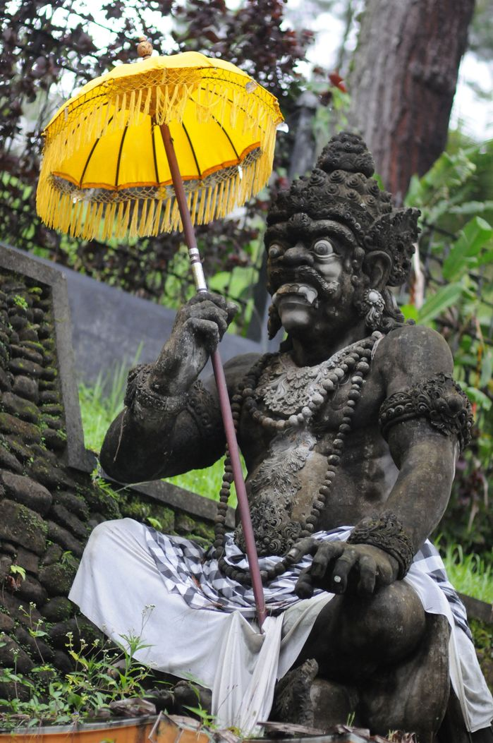 巴厘岛亲子之旅第二天:象窟和圣泉寺 火山和梯田 脏鸭