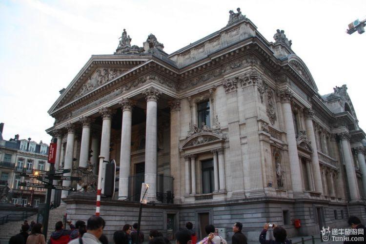 布鲁塞尔大传说v传说广场--10月欧洲11国游第一a传说攻略攻略4.1单机版图片