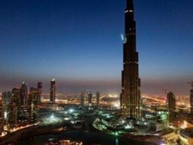 <迪拜+阿布扎比5天4晚休闲游>特别安排1天自由活动,全程国家五星级酒店,天天发团,两人即可成行,免费接送机