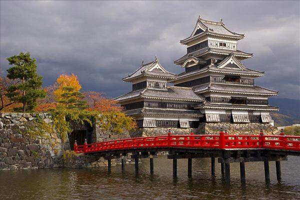 去日本旅游签证申请条件_去日本旅游签证申请