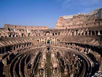 尼姆古罗马竞技场旅游攻略