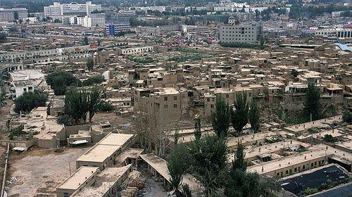 新疆喀什艾提尕尔清真寺+大巴扎+香妃墓+达瓦昆沙漠2日游