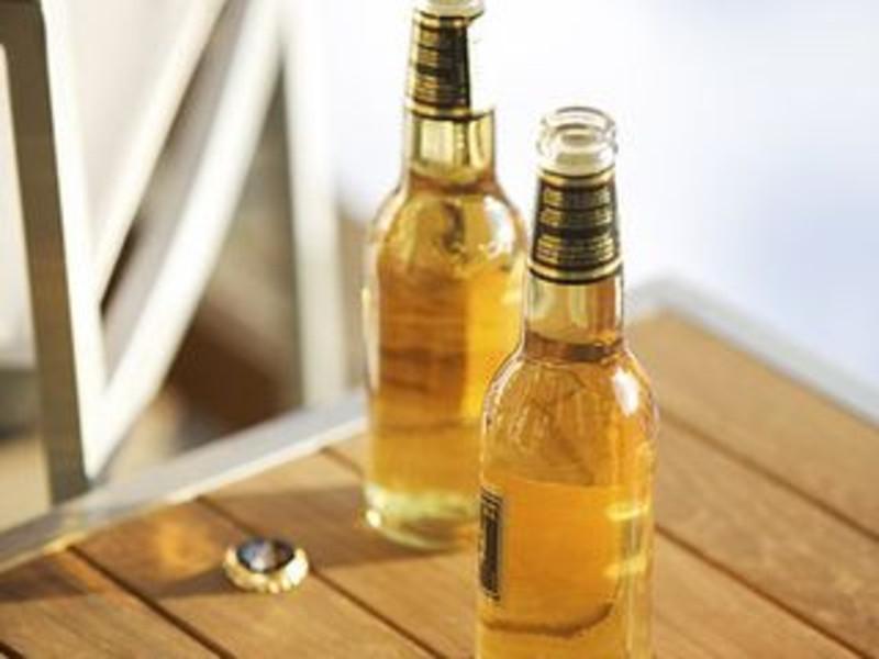 素描啤酒瓶子步骤图