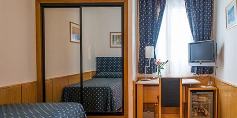 格拉纳达英拉特拉大全别墅酒店_英拉特拉图片人二的是广州都沙岛酒店什么住