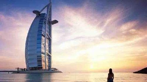 <迪拜-阿布扎比6日游>特别安排加长版悍马/凯迪拉克豪车体验,十人小团,含沙漠冲沙,哈利法塔,入住国际五星酒店