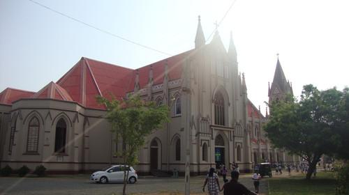 外观)【市政府大楼】(外观)古老建筑的【独立纪念广场】(外观图片