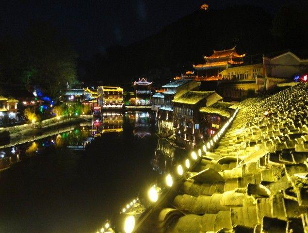 丽江古城夜景_丽江旅游景点