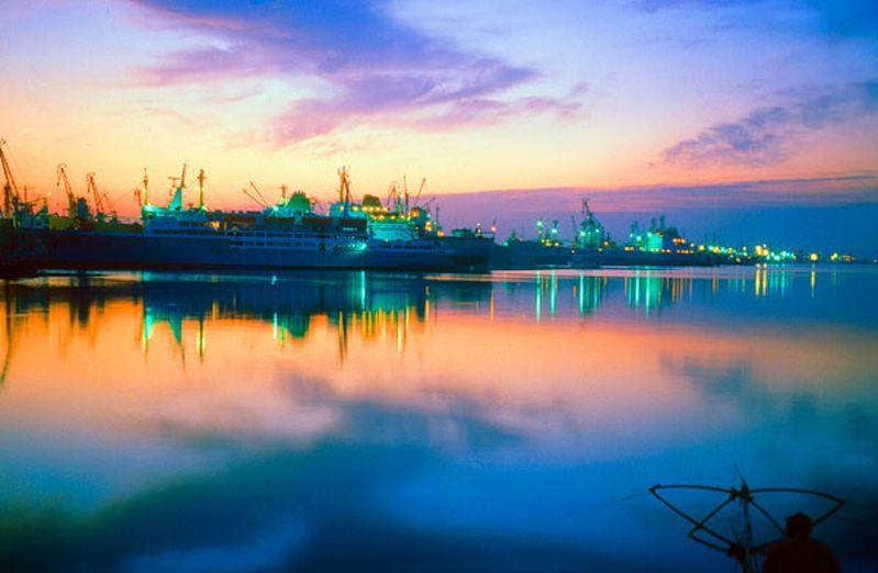 天津塘沽河滨公园_天津河滨公园的独特风景_天津河滨公园内部设施