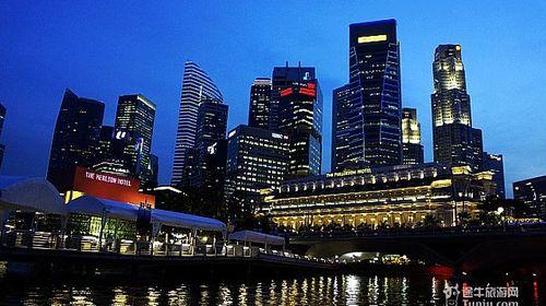 <新加坡3晚4日游>深圳往返 正点航班 全程五星酒店住宿,圣淘沙一天自由活动 滨海湾花园 克拉码头 黑胡椒螃蟹 跨周末