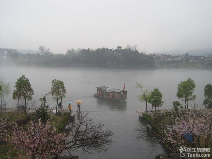 3月17日追寻诗仙的脚印 走进桃花潭