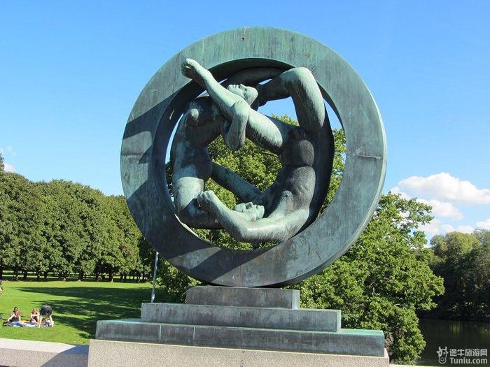 挪威雕像公园愤怒小孩